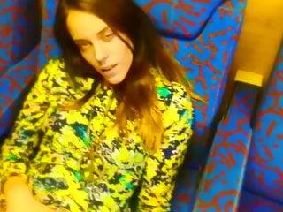 11. PMV – Billie Eilish – ilomilo
