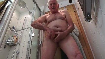 Voyeur dusche Naked Shower