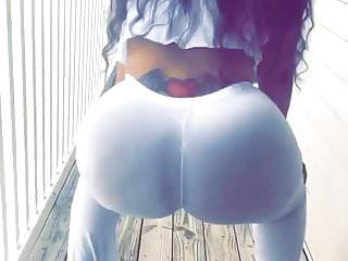 All white jiggling...