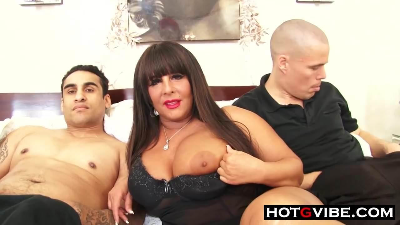 Big Tit Blonde Milf Threesome