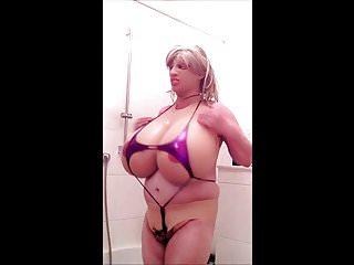 Huge pink mikro bikini...