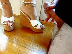 High High-heeled Shoes Cum-shot Blast
