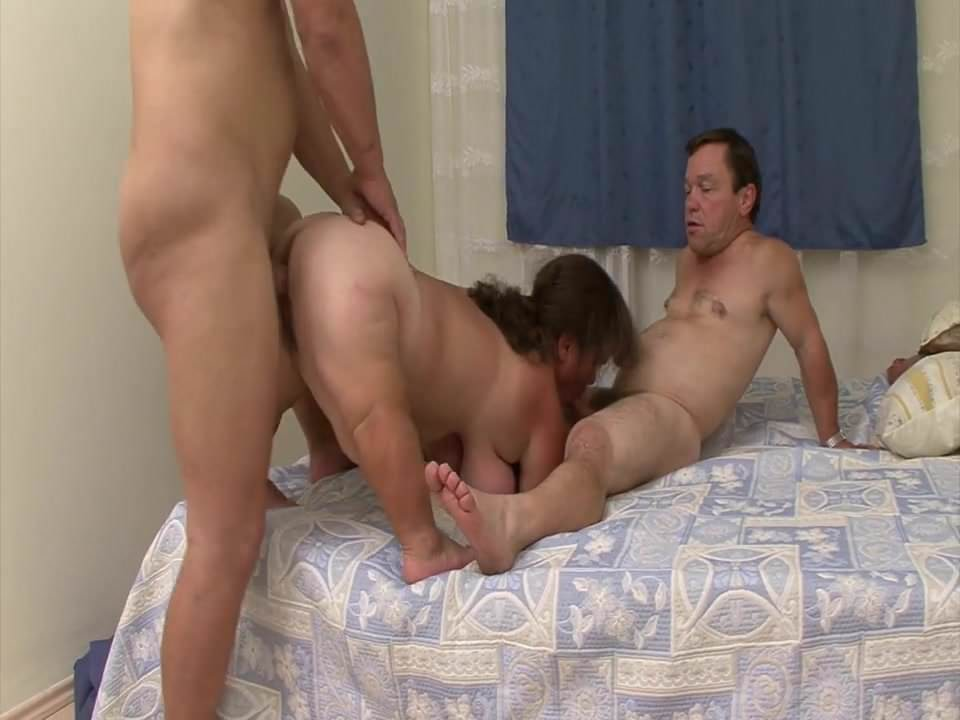 Tranny Joins Couple Threesome