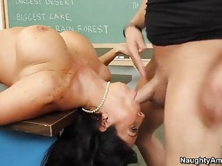 Tara - Student
