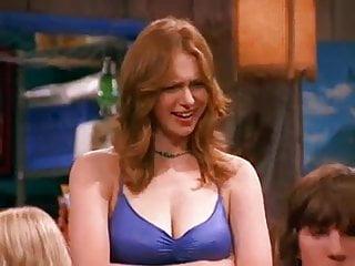 Laura prepon amp jessica simpson hard nips...