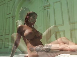 Heidi Van Horny with huge tits underwater