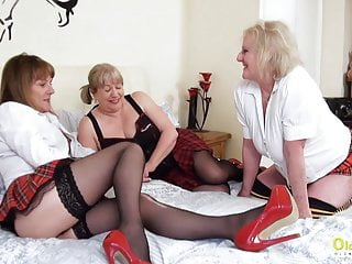 Oldnanny lesbian mature pussy eating threesome...