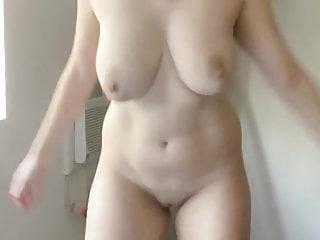 Big MILF Areolas Big Tits Shaking