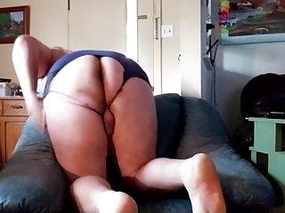 Ass horny dancin...