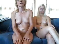 Sexy Mommy Stepdaughter On Webcam Lindahotschot