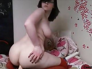 Chubby pale on webcam mp4...