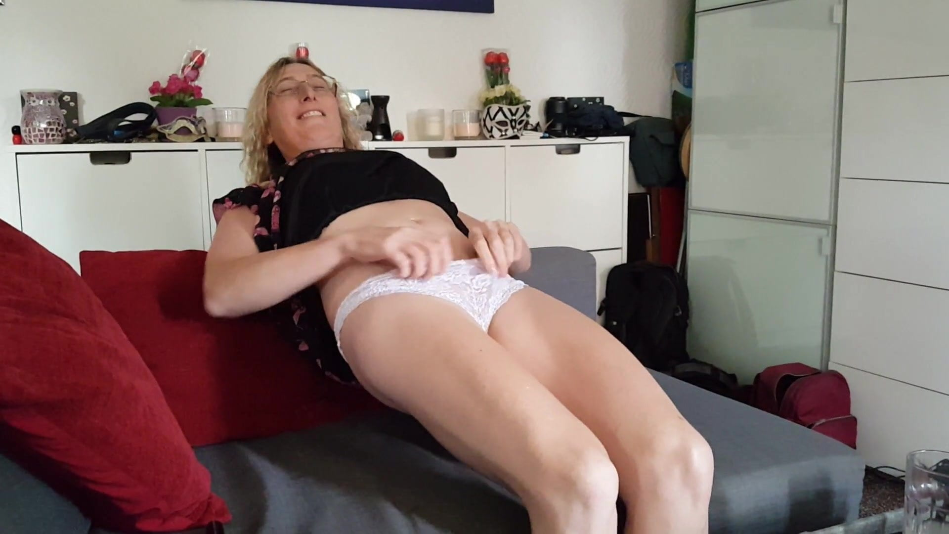 My Dedication Tribute For Hot Lady By Jerking For Big Monitor Cum