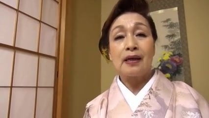 Видео голых азиаток старушек — pic 7