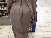 Hijab big ass jiggly booty