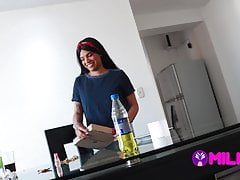 Venezuelan Venusslynn – I offer to clean my cock