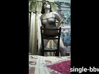 Sandy 18yo show off stunning fat body and...