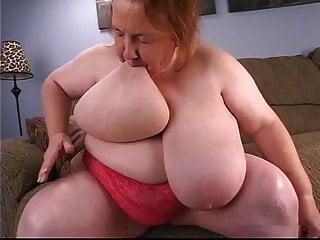 Bbw granny sucks her...