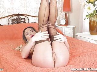 Gorgeous babe performs explicit strip hot juicy masturbation