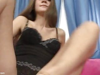 Amateur Teen Spreads And Gapes Her Vagina