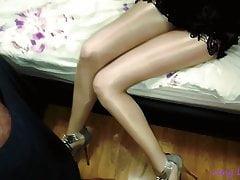 Shiny pantyhose in cum