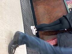 Teen ass in leggings w jiggle
