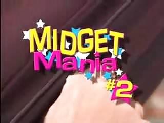 Midget in midget mayhem...