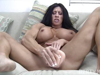 Bodybuilder femminile nudo Angela Salvagno si scopa