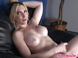 tight babe spreads her ass Transsexual