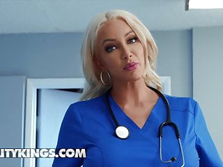 Hot Dr Nicolette Shea Fucks Her Hot Patient India Summer