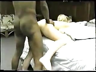 Classic homemade interracial cuckold with sexy blonde...