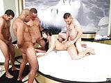 TS Bruna Butterfly Hot Gangbang
