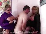 Trans Allegra fickt ihren Sklaven