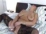 Girl with big breasts makes her pussy flow gets orgasm