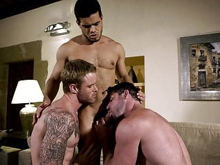 BB – Hole & Face – Rico Marlon, Shawn Reeve, Billy Santoro