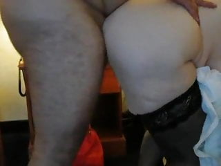 Fat nephew makes aunt squirt