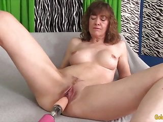 golden slut - mature women vs fucking machines compilation 3HD Sex Videos