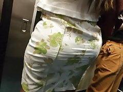 Super huge ass hot milf wife candid nalgona