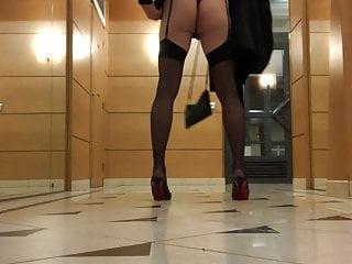 Charlotte Transgender - Classy Cd Flashing Her Ass