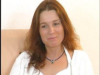 Denise liebt schwaenze und grosse dildos
