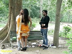Indian Hot Kissing - Girlfriend with Boyfriend, Prank in Saree