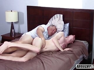 Gay 4 Pay Virgin Twink Barebacked By Older Creep