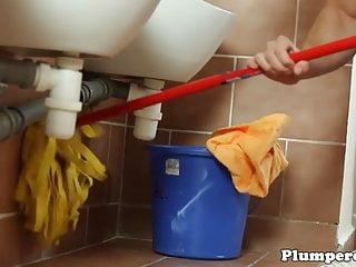 Dominant plumper sucks janitors dick...
